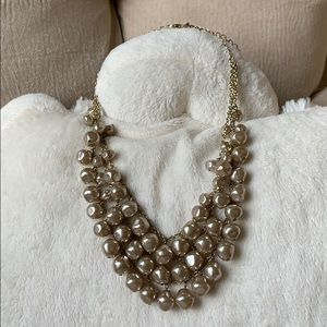 B2GOFREE 🍭New in Bag Necklace Premier Design